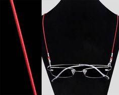Cordicella per occhiali semplice, in colore rosso.