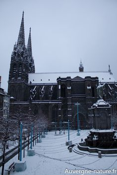 Clermont-ferrand auvergne sous la neige