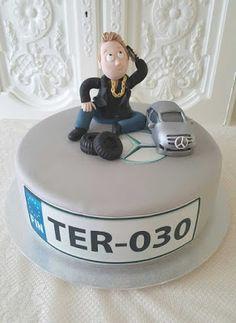 Purppurahelmi: Business miehelle 30v kakkua