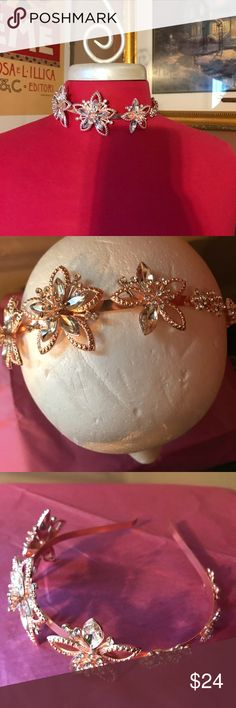 💋Rose Gold W/RhineStone Headband or Creatv Choker ✨✨✨Wow‼️✨✨✨ I LOVE This in Rose Gold! Its A Stunning‼️Metal Headband- But My friend just Tried it on and Said she would Wear as A Choker‼️‼️‼️ 🌹🌹🌹🌹It's Just So Beautiful🌹🌹🌹🌹 Boutique Accessories Hair Accessories