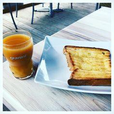 "14 mentions J'aime, 6 commentaires - 🎀Blogueira🎀 (@lena__gomes) sur Instagram: ""Bom dia🍞☕️ #bomdia #bomdiaa #bonjour #bomdomingo #bom_dia #goodday #goodvibes #goodmorning…"" French Toast, Breakfast, Instagram, Food, Buen Dia, Bonjour, Morning Coffee, Essen, Meals"