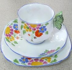 Royal Albert Un-named pattern Reg. Nº 769616 butterfly handles