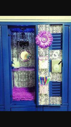 School locker decor📝✏📕