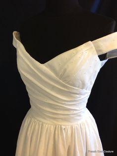 https://www.etsy.com/au/listing/163202910/wedding-dress-tea-length-flir-tini-off?ref=sr_gallery_25