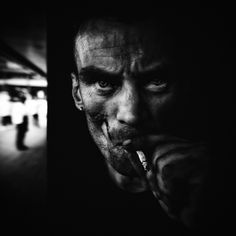 Homeless at Manchester City Centre.Photo by Lee Jeffries. Photography Rules, People Photography, Street Photography, Portrait Photography, Lee Jeffries, Black And White Portraits, Black And White Photography, Manchester City Centre, Street Portrait