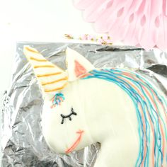 Cake it 'till you make it! Holiday Desserts, Holiday Recipes, New Year's Drinks, Unicornios Wallpaper, Instagram Cake, Maila, Cake Decorating Videos, Fox Cookies, Pumpkin Spice Cupcakes