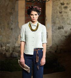 Kakan linen shirt. Jolene linen trousers.