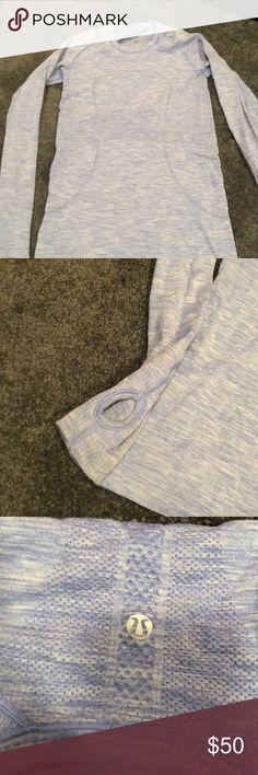 Lulu lemon Long sleeve top Lulu lemon Long sleeve top. Thumb holes. Gently worn lululemon athletica Tops
