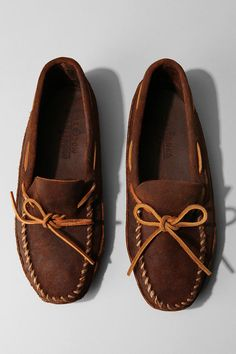 Urban Outfitters - Minnetonka Double Bottom Softsole Moccasin