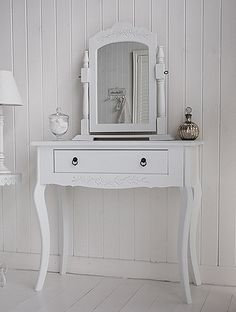 Image To Show The Dressing Table From Side