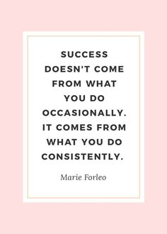 Even the most successful girl bosses need an extra dose of inspiration every now and then. Whether you're fighting feelings of inadequacy or simply lack the motivation to make your next move, today's post is for you. I've rounded up ten inspiring quotes t Motivacional Quotes, Quotes Dream, Babe Quotes, Life Quotes Love, Quotes To Live By, Working Woman Quotes, Successful Women Quotes, That Girl Quotes, Back To Work Quotes