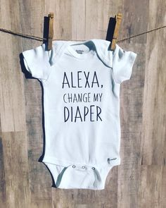 INVESTMENT BANKER BODY SUIT PERSONALISED MUMMY/'S LITTLE BABY GROW NEWBORN GIFT