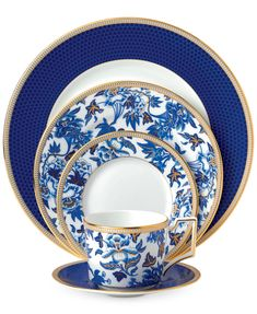Wedgwood's stunning Hibiscus Dinnerware Collection, is inspired by a pattern from 1810 that has been transformed for sophisticated century dining. Gorgeous and opulent, its vibrant blue florals are hand-lined in gold on fine bone china. Wedgewood China, Fine China Dinnerware, Dinnerware Ideas, Casual Dinnerware, Porcelain Dinnerware, Ceramic Tableware, Blue Hibiscus, Blue And White China, China Sets