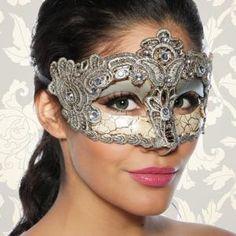 Gesichtsmasken sind ein tolles Accessoire! Hochwertige und feste (nicht flexible) Vintage-Maske, die auf alt und antik...