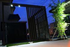 夜も安心して過ごせる、アクセントの効いた開放的な空間。 #LightingMeister #GardenLighting #OutdoorLighting #Exterior #Garden #Lighting #Security #Safe #Night #Accent #Open #安心 #安全 #開放的 #BBQ #夜 #庭 #アクセント