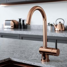 Buy the The Tap Factory Vibrance 1 Copper Single Lever Mono Kitchen Mixer with Coloured Handles from Tap Warehouse and add a splash of colour to your kitchen. Get free UK delivery when you spend over today. Small Kitchen Sink, Mint Kitchen, Kitchen Mixer Taps, Sink Mixer Taps, Kitchen Handles, Kitchen Hardware, Kitchen Units, Kitchen Living, Copper And Grey Kitchen