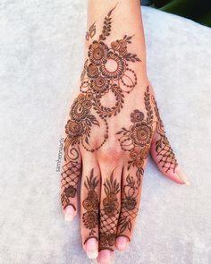 Pretty Henna Designs, Modern Henna Designs, Indian Henna Designs, Latest Henna Designs, Floral Henna Designs, Finger Henna Designs, Back Hand Mehndi Designs, Full Hand Mehndi Designs, Henna Art Designs
