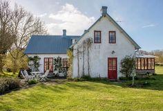 A pared-back Swedish summer home on Gotland