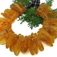 Golden amber gemstone necklace for her. Boho Necklace, Gemstone Necklace, Necklaces, Handmade Bracelets, Handmade Jewelry, Golden Red, Amber Gemstone, Red Garnet, Statement Jewelry