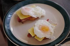 low carb eggs benedict with crispy bacon - suitable for keto, paleo, atkins diet