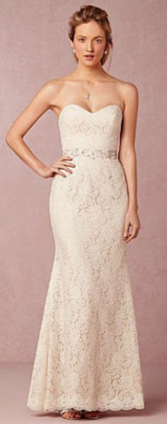 sweetheart strapless lace dress