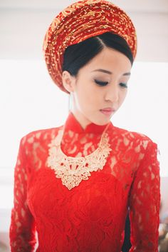 The bride wears a beautiful red gown lace Ao Dai Fashion Inspiration, Wedding Inspiration, Wedding Ideas, Asian Wedding Dress, Wedding Dresses, Lace Ao Dai, Traditional Vietnamese Wedding, Ao Dai Wedding, Wedding Minister
