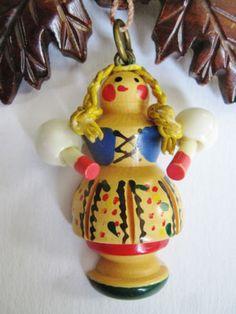 Martha Sleeper Bakelite Dutch Girl Brooch