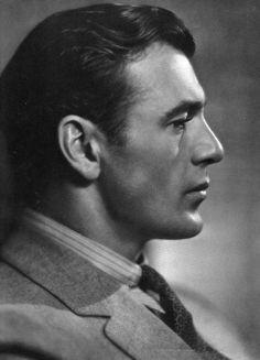 Gary Cooper (May 1901 – May American film actor. Hollywood Men, Golden Age Of Hollywood, Vintage Hollywood, Classic Hollywood, Gary Cooper, Barbara Stanwyck, Cary Grant, John Wayne, Rita Hayworth