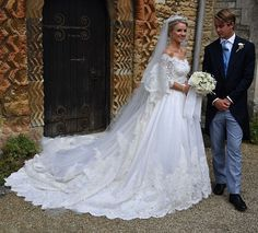 Royal Family Around the World: George Spencer-Churchill, Marquess of Blandford, and Camilla Thorp, tied the knot at St Mary Magdalene Church, Woodstock near Blenheim Palace on September 2018 Galina Wedding Dress, Queen Wedding Dress, Royal Wedding Gowns, Short Lace Wedding Dress, Wedding Dress Gallery, Pretty Wedding Dresses, Wedding Dresses Photos, Wedding Dress Trends, Wedding Dresses For Sale