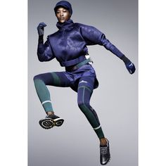 Adidas by Stella McCartney Fall 2015 Ready-to-Wear Collection - Vogue Sport Chic, Sport Style, Sport Girl, Ws Sport, Stella Mccartney Adidas, Sport Fashion, Fitness Fashion, Fall Fashion, Look Athleisure