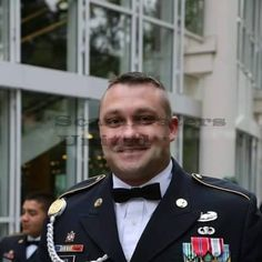 JONES MARTIN.. FAKE U.S. Army​ PROFILE FOR SCAMMING... VERY WELL USED FACE.  https://www.facebook.com/groups/CHATANDWARN/permalink/1779943748894957/