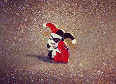 #Repost @nostalgiavault  Harley Quinn lapel pin! Available at nostalgiavault.com  clickable link in bio  it shimmers    #nostalgiavault #90skid #PinGame #pin #pins #enamelpin #enamelpins #lapelpin #lapelpins #pinlife #pinsofig #pinstagram #patchgame #giveaway #freebies #linkinbio #free #harleyquinn #stickergame #pindrop #freegiveaway #btas #batmantheanimatedseries #joker #harleyandjoker #arkhamasylum    (Posted by https://bbllowwnn.com/) Tap the photo for purchase info.  Follow @bbllowwnn on…