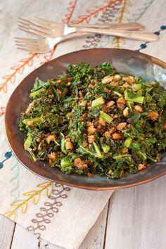 Pan-Roasted Kale with Crispy Italian Breadcrumbs   @reciperenovator   Gluten-free, vegan, vegetarian, dairy-free