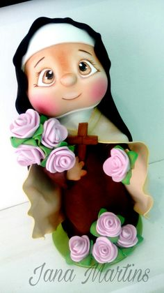 Fofucha Santa Terezinha do Menino Jesus Clay Crafts, Diy And Crafts, Arts And Crafts, Pasta Flexible, Cold Porcelain, Religious Art, Puppets, Art For Kids, Biscuits
