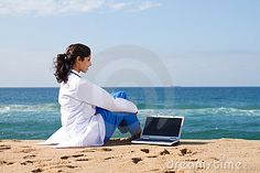 What If YOU could have the perfect part time laptop business? If I had to start all over again with no money - this is exactly what I would do...Get Started for FREE:http://bit.ly/1hI7eGu