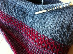 tunisian Crochet Stitches | Trying out two simple stitchesI made a pair of wrist warmers: