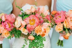 Pink and Orange Wedding Bouquets with peonies, English roses(?), tulips, and maidenhair ferns (photo by Brooke Images)