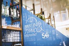 Station Riquet, sortie Provence, direction Le Bellerive, le bar le plus sudiste de Paris, avec tables au soleil, clapotis de l'eau (le bassin de la...