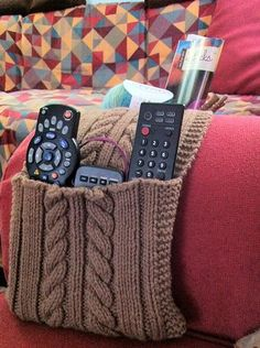 Ordine the Cabled Couch Caddy - Knitting Patterns and Crochet Patterns from KnitPicks.com
