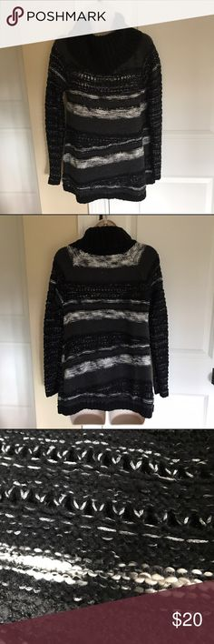 Beautiful comfortable black and white sweater M Jessica Simpson cowl neck sweater- euc size M - looks great with leggings or black leather leggings. It has subtler metallic thread throughout giving this seater a classy and unique touch. Soft stretchy and warm. A black tank looks great underneath for added warmth if necessary. Laying flat, measuring from pit to pit is approx. 19.5in. Shoulder to hem approx. 24.5in. Jessica Simpson Sweaters Cowl & Turtlenecks