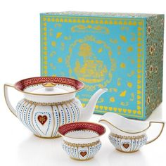 Wedgwood Queen Of Hearts Teapot, Sugar And Creamer Set
