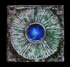 Tile by Ferreira da Silva - SECLA. Pottery Designs, Pottery Art, Mosaic Tiles, Mosaics, Us Sailing, Terracota, Spain And Portugal, This Is Us, Porcelain
