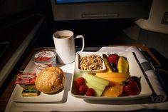 American Airlines Business Class Frühstück #american #aa #americanairlines #businessclass #airport #frequentflyer #boeing #boeing777 #travel #review