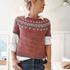 inspiration ravelry Yanis pattern by Isabell Kraemer – Knitting Knitting Blogs, Knitting Patterns, Knitting Ideas, Sewing Patterns, Fair Isle Pattern, Fair Isle Knitting, Work Tops, Apparel Design, Textiles