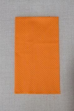 NA127 Poa laranja bolinha bca - As cores dos produtos podem sofrer pequenas variações em função do monitor.