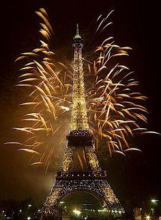 Eiffel Tower, New Year's, 2000