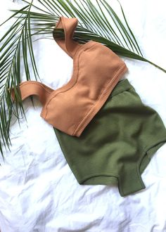 #newarrivals #swimsuit #brown #olive #thefrankieshop #frankienyc #frankiegirl Fully Lined. Removable Padded Bust Poly/Spandex Hand Wash Imported ** Swimsuits Final Sale **