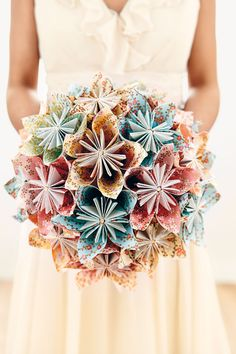 We guide you step-by-step through the process to make this beautiful paper bouquet on BridesMagazine.co.uk (BridesMagazine.co.uk)