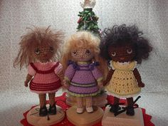 https://flic.kr/p/7r7GvD | MinisInDresses | A-line dresses for Mini Free Spirit.  Marguerite, Sarah, and Naomi are ready for the New Year :-)  Pattern available free on my blog at:  www.byhookbyhand.blogspot.com ♡ lovely dolls