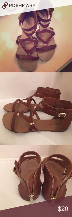 Cute stylish sandals Lovely Tanned Color gently worn. Neutral color goes with dresses, jeans, skirts, and shorts. Shoes Sandals
